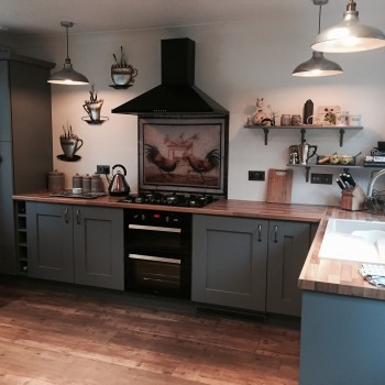 Fitted kitchen in Quarry Bank - Dust grey Shakern
