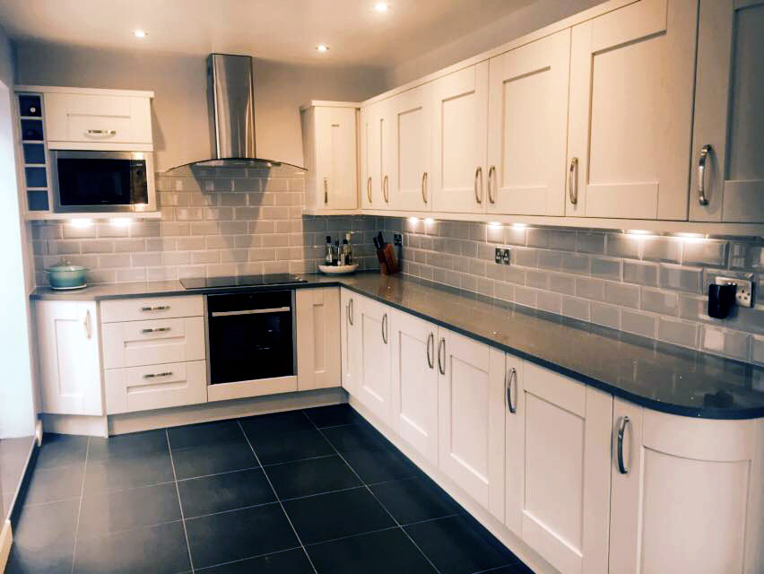 Fitted Kitchen In Wollaston By The Gallery Lightgrey Oak Grain Shaker - Grey fitted kitchens
