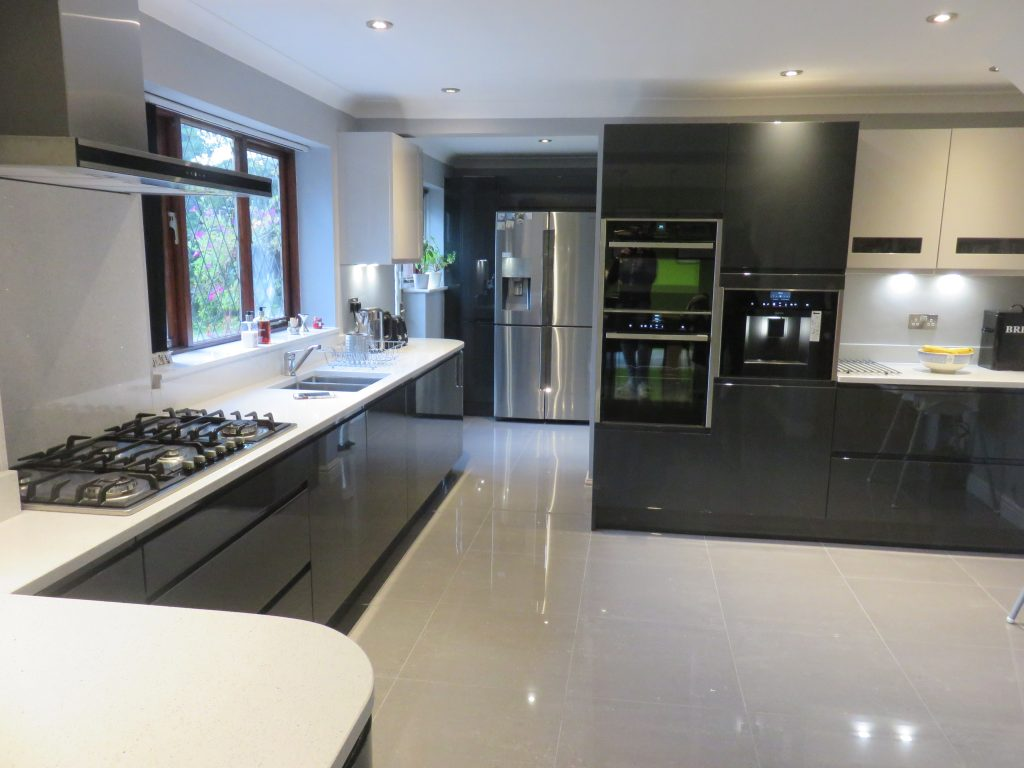 Complete Fitted Kitchens With Appliances