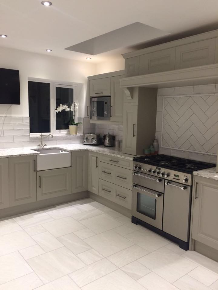 Jefferson Stone Painted Solid Wood Kitchen By The Gallery