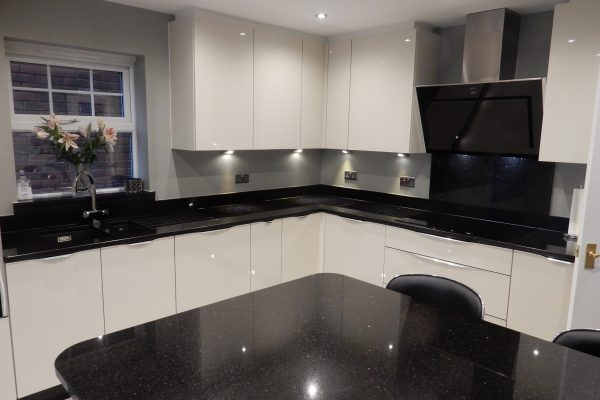 Fitted Kitchen In Zola Gloss Cashmere In Wombourne The