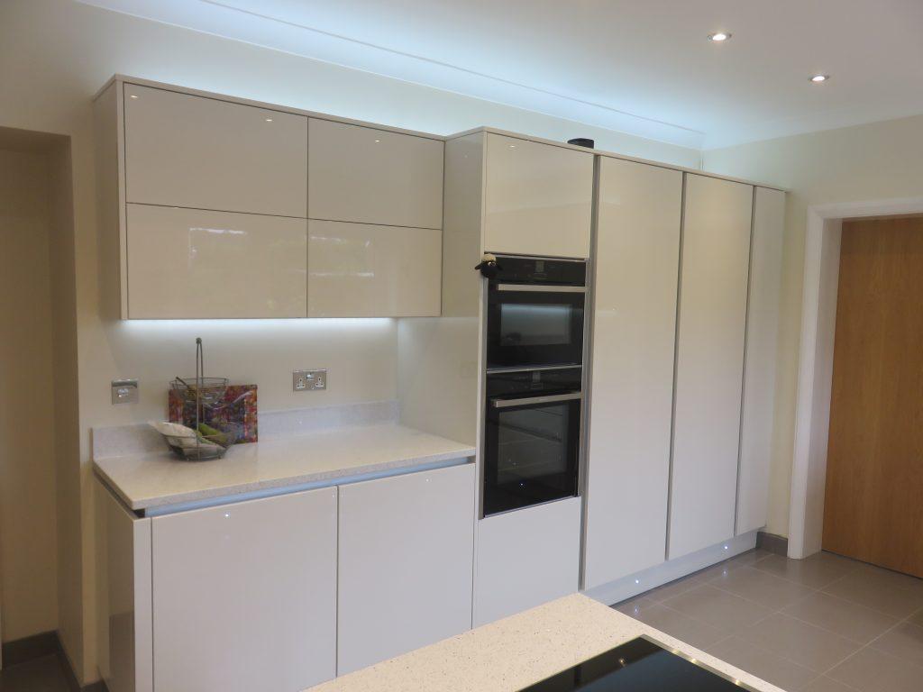 Fitted Kitchen In Hagley Near Stourbridge Cosdon Door