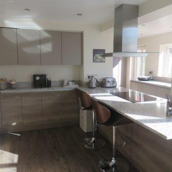 Grey oak linear kitchen