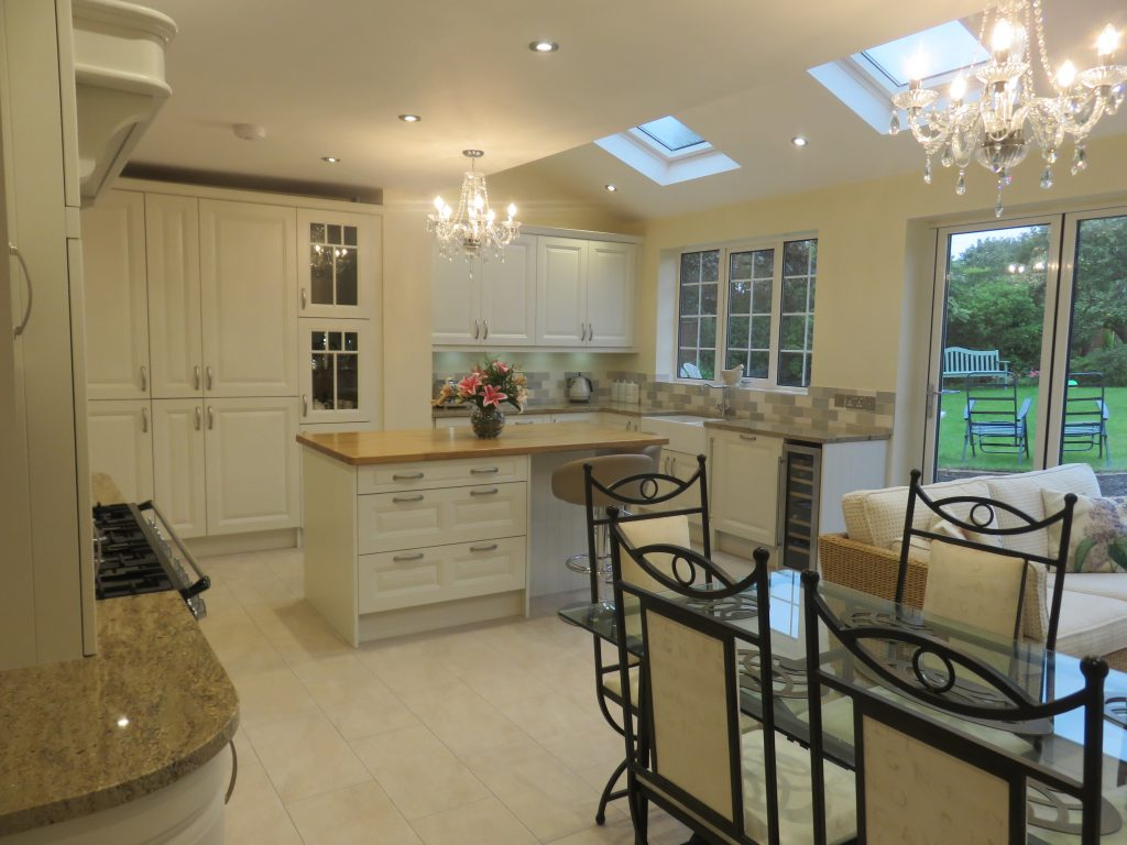 kitchens in Sedgley - Painted Porcelain Jefferson kitchen