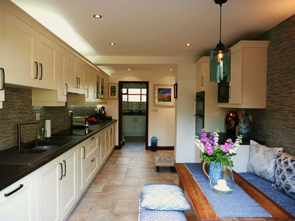 Textured worktops   Shaker kitchen, with copper accessories   The Gallery